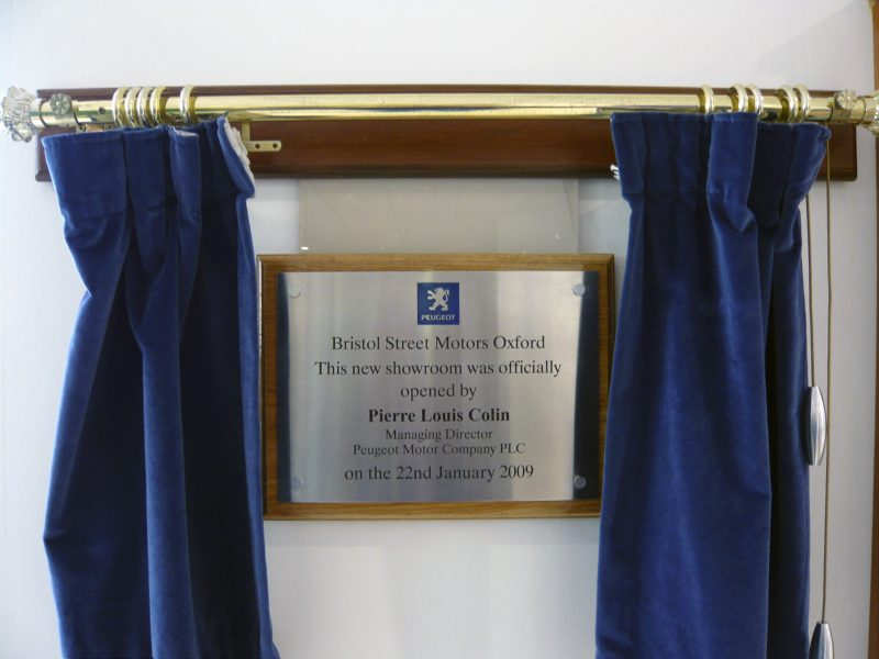 stainless steel plaque and plinth Oxford London