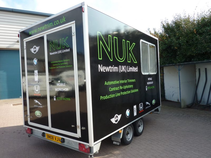 trailer signage colour change vinyl graphics Oxford