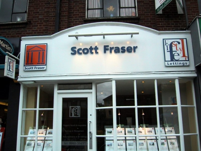 acrylic cut out lettering fascia signage Oxford Cowley Headington