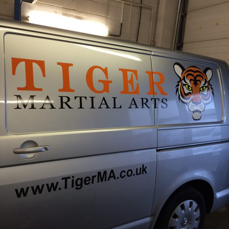 printed logo onto van Oxford Kidlington