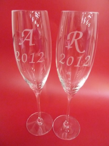 engraving champagne glasses wedding gifts Oxford London