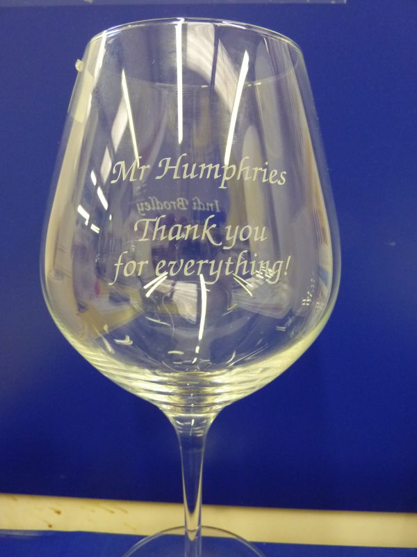 glass engraving leaving presents Oxford
