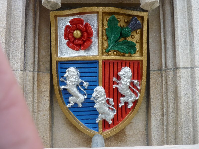 painted crest restored Oxford London