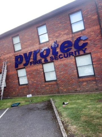 acrylic built up lettering Oxford Abingdon Bicester Banbury
